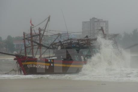 Dự báo thời tiết 12-24h: Bão số 3 ảnh hưởng trực tiếp đến các tỉnh Đông Bắc Bộ