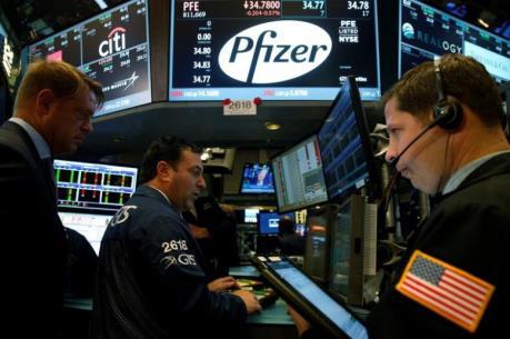 """""""Đại gia"""" Pfizer chi 14 tỷ USD thâu tóm Medivation"""