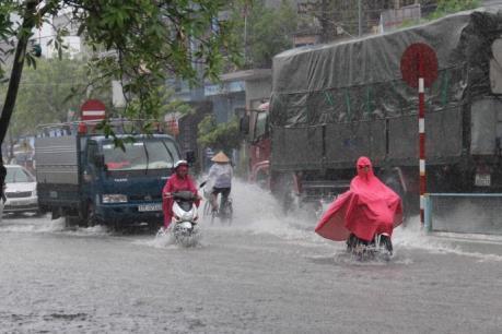 Tin mới về áp thấp nhiệt đới đi vào đất liền