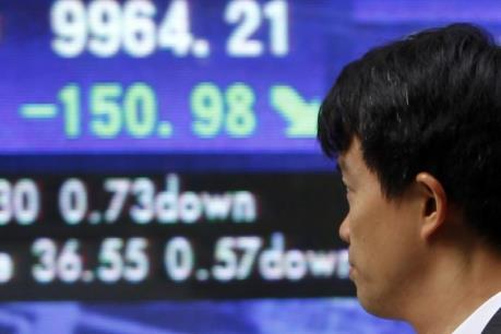 """Nhóm cổ phiếu năng lượng """"lao đao"""" trên thị trường châu Á"""