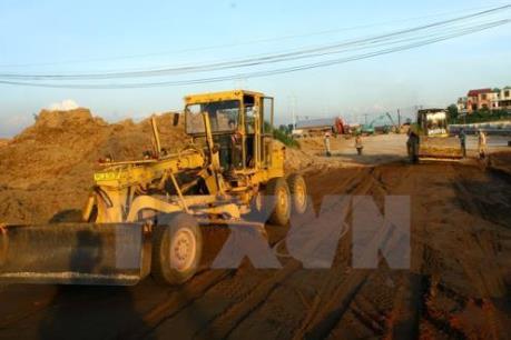 Quảng Ninh xử nghiêm vụ doanh nghiệp lợi dụng san gạt mặt bằng để khai thác đất sét