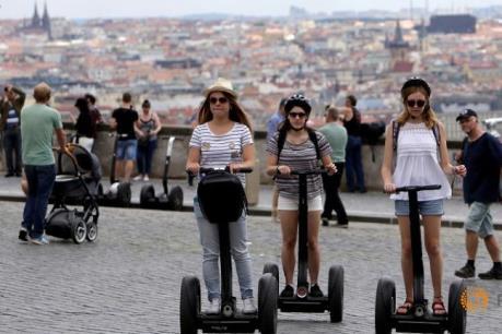"""Gia tăng """"du lịch tại chỗ"""" ở Trung và Đông Âu"""