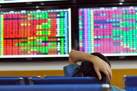 Chứng khoán sáng 31/8: VCB và MSN khiến VN-Index giảm nhẹ