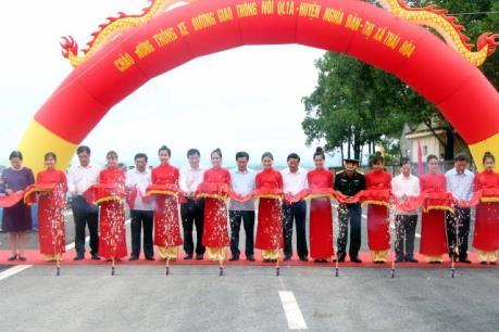 Nghệ An thông xe cầu đường bộ Yên Xuân, bắc qua sông Lam