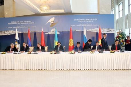 EAEU sẽ chuyển sang chế độ thương mại tự do với Việt Nam từ tháng 10 tới