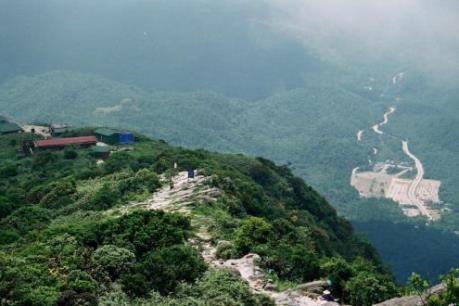 Tin mới nhất vụ du khách bị ngã ở núi Yên Tử, Quảng Ninh