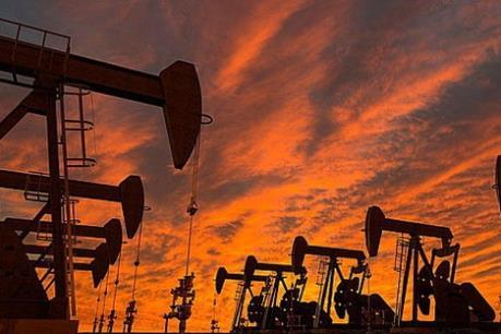 """Thỏa thuận """"đóng băng"""" sản lượng có thể đẩy giá dầu lên 60 USD/thùng"""