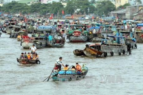 Xem xét việc hỗ trợ vốn đầu tư đối với khu vực Đồng bằng Sông Cửu Long