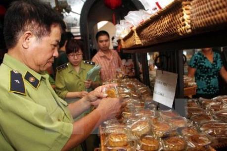 Phát hiện hơn 20 cơ sở làm bánh Trung thu vi phạm an toàn vệ sinh