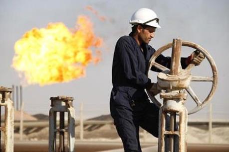 Giá dầu đi lên nhờ đồng USD yếu
