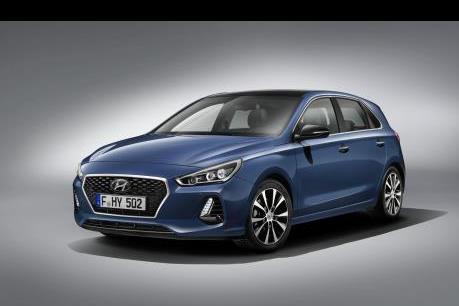 Hyundai i30 thế hệ mới có nhiều thay đổi nội ngoại thất lẫn động cơ