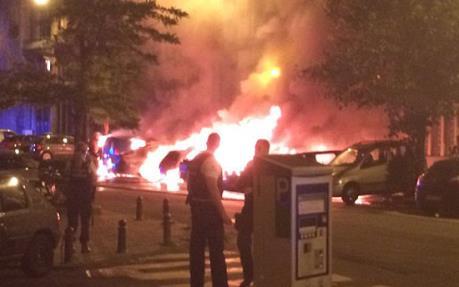 Nổ lớn ở thủ đô Hungary, hai cảnh sát bị thương