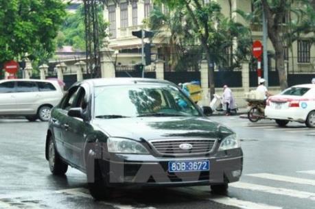 Bộ Tài chính rà soát lại số lượng xe, lái xe công