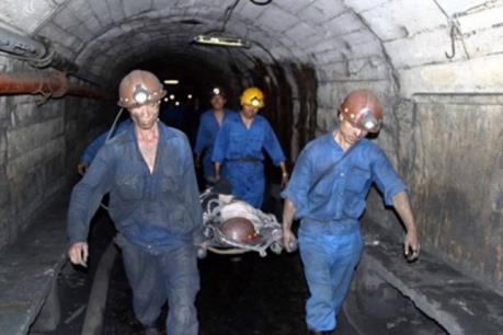Vụ tai nạn tại công trường của Công ty Than Khe Chàm, Quảng Ninh: Một nạn nhân nguy kịch