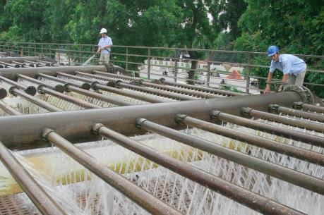 Hà Nội cấp nước sạch đủ lưu lượng cho khu vực Bắc sông Hồng