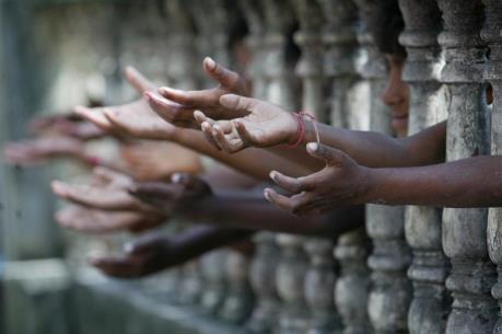 Gần 50% số người nghèo cùng cực trên thế giới là trẻ em