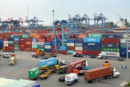 Hoàn thuế đối với hàng hóa nhập khẩu phải tái xuất