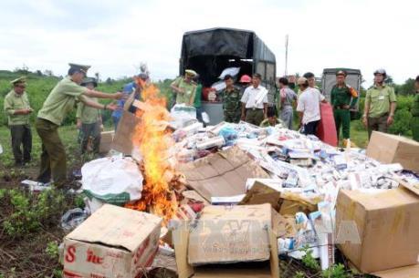 Liên tiếp bắt giữ ô tô chở thuốc lá lậu ở Bình Phước