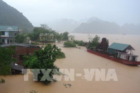 Hỗ trợ 1 tỷ đồng cho Hà Tĩnh và Quảng Bình bị thiệt hại do mưa lũ