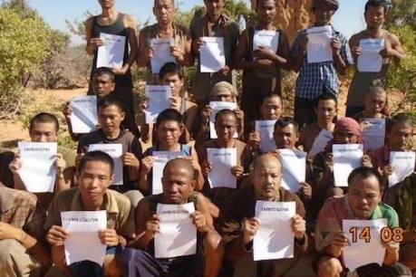 Cướp biển Somalia thả 26 con tin, trong đó có thuyền viên người Việt