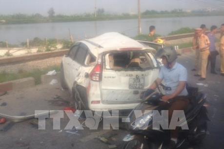 Thủ tướng chỉ đạo khắc phục hậu quả vụ tai nạn giao thông đặc biệt nghiêm trọng tại Hà Nội