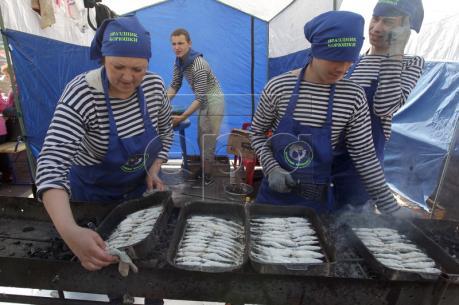 Nga bỏ thuế nhập khẩu cá trong hai năm