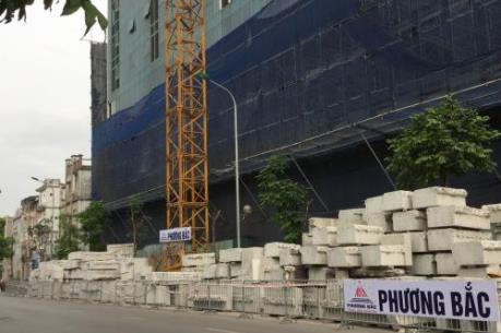 Phá dỡ giai đoạn 2 tòa nhà 8B Lê Trực: Vì sao chậm tiến độ?