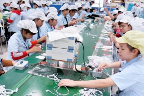 Điện thoại, linh kiện và hàng dệt may, da giày đứng đầu nhóm hàng xuất siêu
