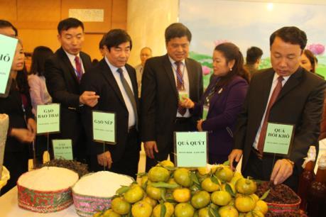 Kết nối thương nhân xuất nhập khẩu hàng nông, lâm, thủy sản sang Trung Quốc