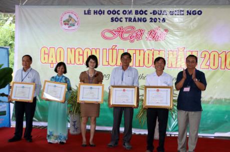 2 giống lúa dòng ST đạt giải cao nhất Hội thi Gạo ngon, lúa thơm Sóc Trăng 2016