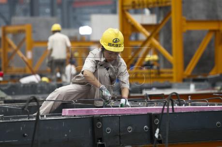 Trung Quốc có triển vọng hoàn thành mục tiêu tăng trưởng trên 6,5% trong năm