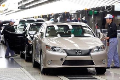 Thặng dư thương mại của Nhật vẫn ở mức cao