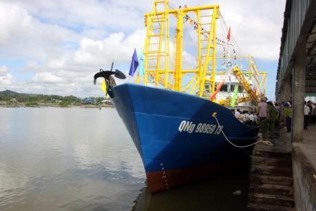 Làm rõ nguyên nhân tàu cá vỏ thép đóng theo Nghị định 67 bị hư hỏng
