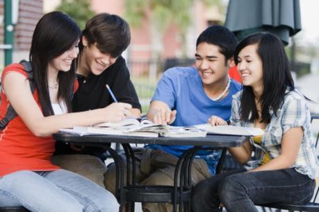 Du học sinh Việt Nam tại Anh được các nhà tuyển dụng đánh giá cao
