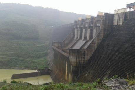 16 hồ chứa thủy điện của EVN đang điều tiết xả lũ