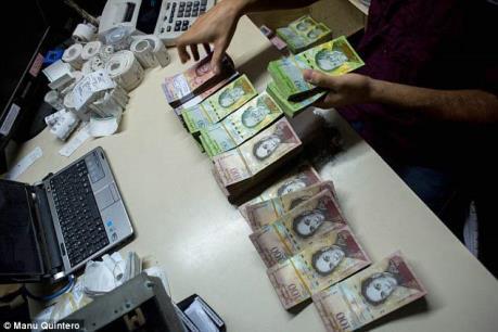 Venezuela sắp phát hành nhiều đồng tiền mệnh giá lớn
