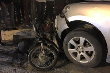 """Hải Phòng: Va xe ô tô """"điên"""", hai người thiệt mạng"""