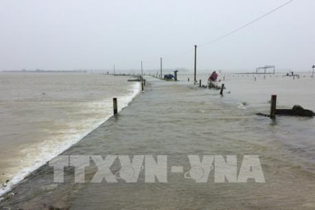 Thừa Thiên - Huế: Ngập cục bộ do mưa to và xả lũ