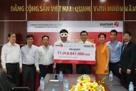 Vé số Vietlott bán trái phép ở Ninh Thuận