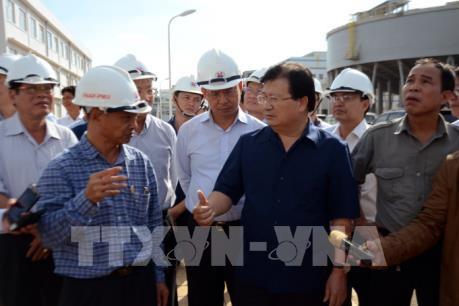 Phó Thủ tướng Trịnh Đình Dũng : Không để xảy ra sự cố môi trường trong sản xuất Alumin