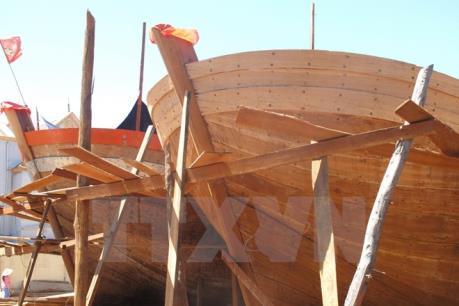 Sức sống mới ở một làng nghề đóng thuyền truyền thống