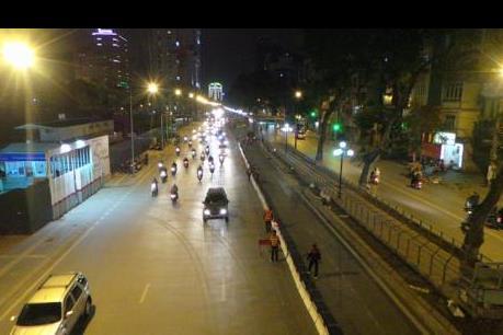 Xử phạt lái xe biển xanh đi vào làn đường buýt nhanh BRT