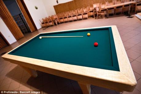 Chiếc bàn billiards vô giá