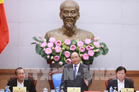 Thủ tướng Nguyễn Xuân Phúc: Không để ùn tắc khiến người dân không kịp về quê đón Tết