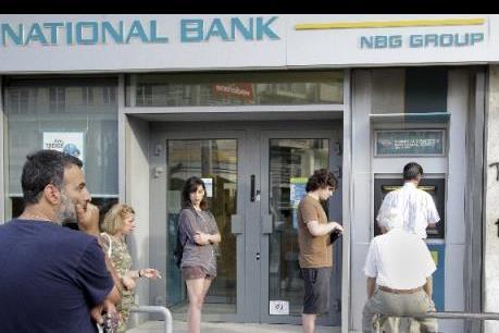 Người dân Hy Lạp bán tiền vàng để ứng phó với khủng hoảng