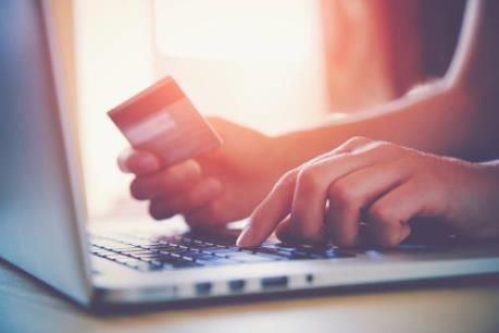 Sôi động mua sắm online dịp Tết