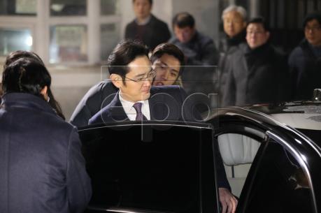 Phó Chủ tịch Sam Sung Lee Jae-yong có thể bị bắt giam