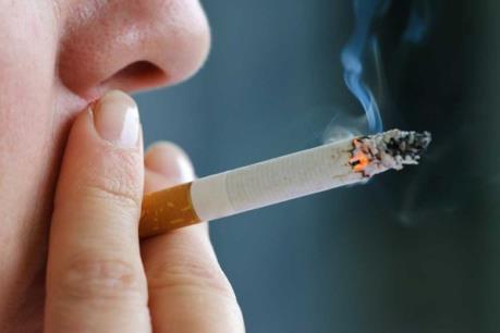 Kinh tế thế giới thiệt hại 1.400 tỷ USD vì hút thuốc lá