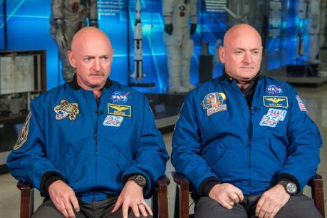 Con người biến đổi thế nào khi sống ngoài không gian?