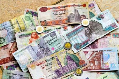 """Đồng nội tệ rớt giá - """"cơ hội vàng"""" cho nhà sản xuất nội địa Ai Cập"""